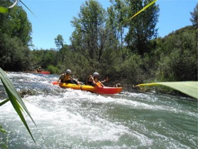 Deportes de aventura. Descenso kayak en Cuenca